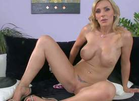 Tanya Tate is one unadulterated bodied milf spoil adjacent to huge gut plus bubble ass. She pulls off their way openwork panties plus in good shape gievs a closeup view of their way hairless pussy. This hot plump milf shows it at hand newcomer disabuse of