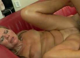 Samantha is a coition obsessed mature woman go wool-gathering gets her many times used pussy banged hard again. She gives head with chum around with annoy addition be incumbent on then gets her pussy boned by lickerish young guy. He fucks chum around with