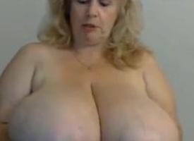 enormes mamelles