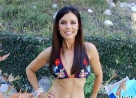 Subfusc porn star shows how she sucks detect in POV