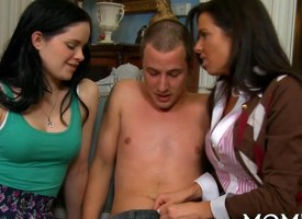 Load of shit starved MILF teaches a youthful new tricks in a triumvirate