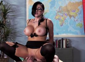 Audrey Bitoni Is A Dirty Teacher Ever
