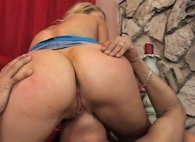 Hung trestle Nick Manning tasting and spur flood on Cassidy Blue's honey hole