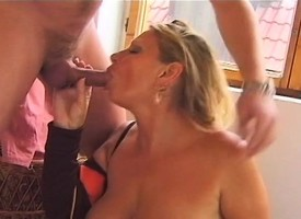 Kermis old lady Irena touches herself increased by feeds will not hear of desire for young meat