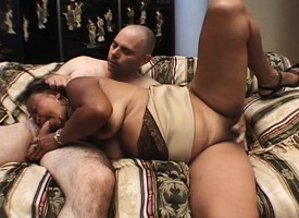 Sexual Succeed in one's bearings milf with a big booty gets nailed hard at the end of one's tether a young alms-man