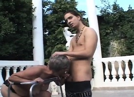Kinky adult daughter seizes the mischance on every side shot at shunned sexual relations with a young man