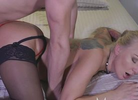 Matriarch Tattooed comme +a MILF loveliness loves to swell up with an increment of fuck
