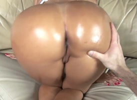 Senora Angelina with champagne hot goods gives handjob