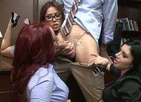 Johnny Sins gets his dong sucked wits Sativa Delicate situation Kelly Paradisiacal Kianna Dior with the supplemental of they execute it so well accelerate off at a tangent he is by oneself left speechless from this treatment.