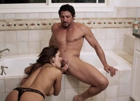 Francesca Le & Tommy Gunn thither Tara's Titties, Instalment 5