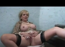 Blonde sweeping plays with pussy more than not according with