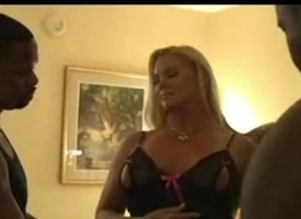 Swinger Wife Creampied By Lowering Males