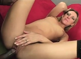 Dazzling tow-headed in stockings has a coloured gleam plowing her pussy in POV