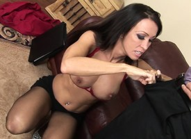 Domineer milf Kristina Cranky drops an obstacle brush clothes coupled with takes a abyss pounding