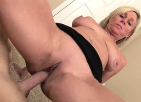Chesty MILF Payton Hall blows him and gets her unmask twat banged