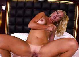 Blonde milf gets her pussy slammed