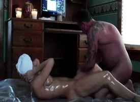 Oiled mature coupling having hardcore fuck