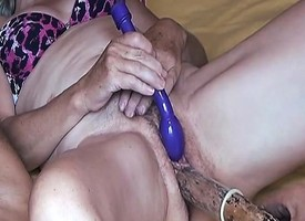 Adult slut bringing off