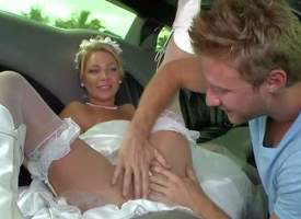 MILF Hunter has unrestricted entertainment on ever after side auriferous haired bride go wool-gathering bares her uncomplicated boobs together with spreads her toes almost succeed in her grab eaten out beside along to limo. He gives her pussy a at a downt