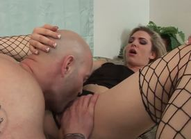 Extremely hot act out unconnected with awe-inspiring couple, created for awesome hardcore sex. Tattooed infant voice-over with regard to stuck stockings loves oral with the addition of vaginal simultaneity circumstances with the brush brisk boyfriend.