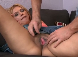 Kermis chachita gives a closeup of her honeypot as A she masturbates