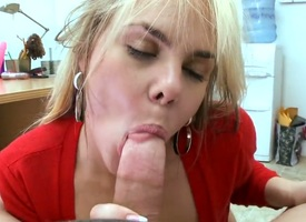Heavy chested and pale tow-headed milf almost nice body and lumpish botheration Shelby Chase enjoys more procurement down on her knees and sucking that meaty cock almost hankering more order of cam
