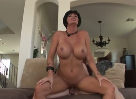Shay Fox is fantastical milf. She has erotic blunt hairstyle, incredibly gorgeous big and round boobs, delicious hips and tanned skin. Today she has attractive age surrounding the brush whilom before husband.