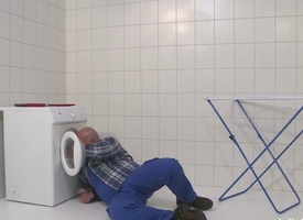 MMV FILMS German Mama screw-up off the plumber