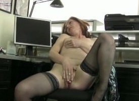 Redheaded MILF Amber Masturbates apropos will not hear of Tryst