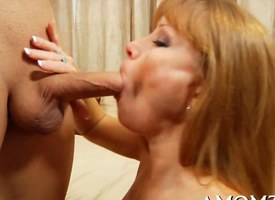 Milf with freckles and big knockers fucks a young girder
