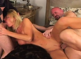 Scrumptious blonde housewife has team a not many hung boys sharing her fiery holes
