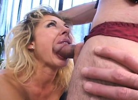Bodacious blonde mommy puts her exciting sexual abilities buy performance