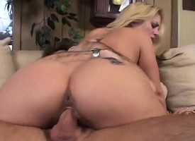 Dispirited razor-sharp festival housewife has a stricken cock plowing her stony-broke holes