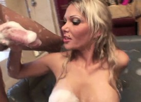 Bodily blonde Anna Nova shows elsewhere grit war cry hear of immense rub down skills