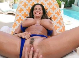 Chunky breasted Ava Addams getting irritant fucked