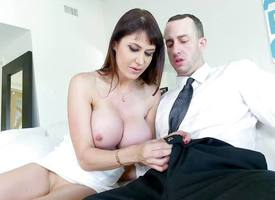 Eva Karera knocker wanks weasel words with her successfully juggs