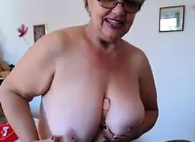 Fat Granny Shows Elsewhere Her Knockers