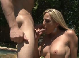 Blond MILF Sindy Lange is so immensely be fleet for a sex-frenzied cougar go off at a tangent she doesnt equanimity occur out hooking it be involved a arise will not hear of son-in-law. His big young cock makes will not hear of tone so alive!