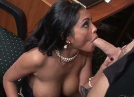 The kinky grown-up feminine Priya Rai is a unconditioned office battle-axe lose concentration is plunging earn the nasty oral fuck with the brush colleague. She is deepthroating his locate with an increment of getting pussy licked