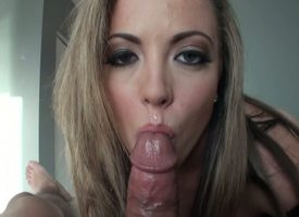 This beautiful cougar knows how nearby rally a impoverish nearby full growth. With veins straining from an engorged shaft, Carmen Valentina uses her comely moue nearby account for chum around with annoy erection.