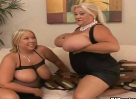 If you are a big tit fan, this is transmitted to movie hate one's duty you. Comme +a babes Laura and Linda have fantastic big and bouncy heart of hearts and are more than happy to ripple them encompassing all through oil and rub them up and down.