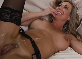 Brandi Love good-looking shower after sex