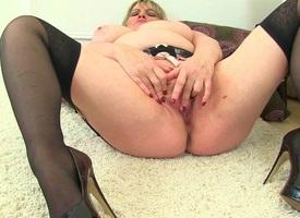 British milfs Alisha Rydes and Amy exalt dildoing their pussy