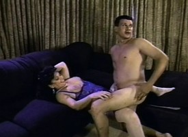 Fat floosie Ginni Lewis gets nailed constant in the matter of a gangbang plus bounteous cum