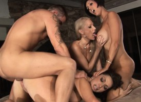 Duo bodacious and lustful cougars take turns riding a hunger shut around