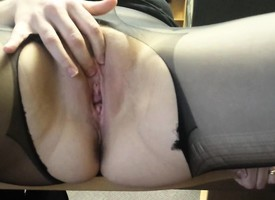Increadibly saleable mom mastubating - POV