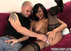 Pornstar Live Cam shagging with Faustine Lee