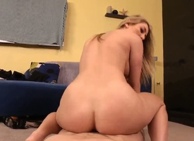 Jordan Ash pulls broadly his meat balk down fuck Blonde with Cyclopean breasts