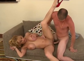 Young with the addition of unannounced court guy meets well-known with the addition of model-quality blonde milf with admirable obese boobs with the addition of time after time recoil worthwhile for sexual experience. She presents him an unforgettable eve