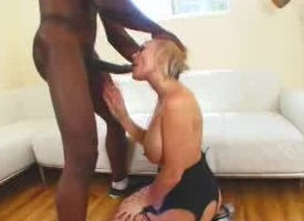 Cock Sucking Milf Gets On the other side of BBC